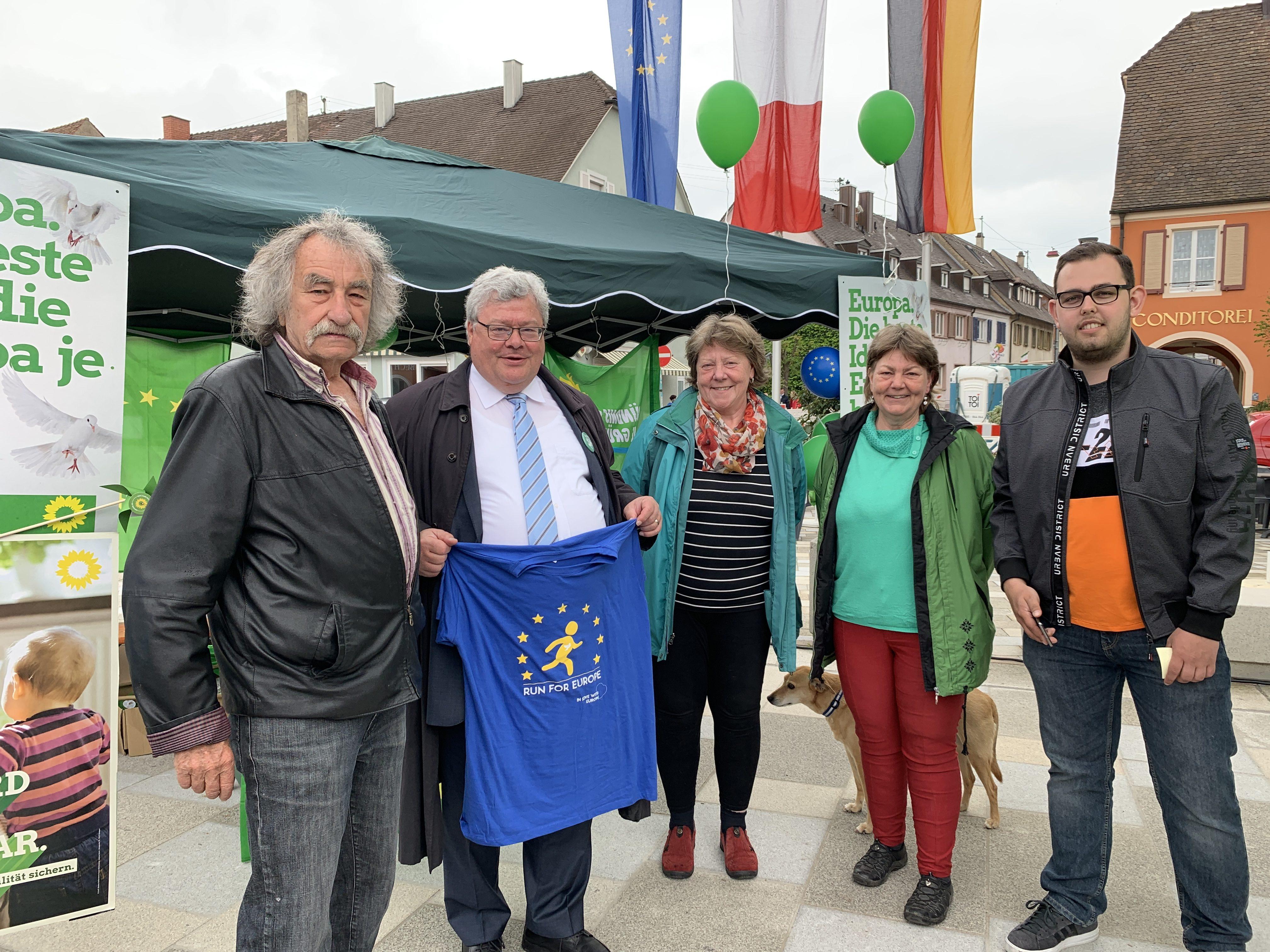 Reinhard Bütikofer beim Run for Europe mit Europafest